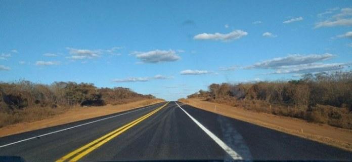 Mais 26 quilômetros da BR-235 são concluídos e entregues no Piauí