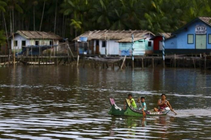 Assinada autorização de contrato para levar energia elétrica a famílias do Marajó