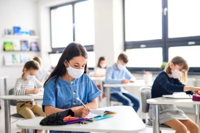 MEC libera mais R$ 90 milhões para retorno seguro das escolas públicas