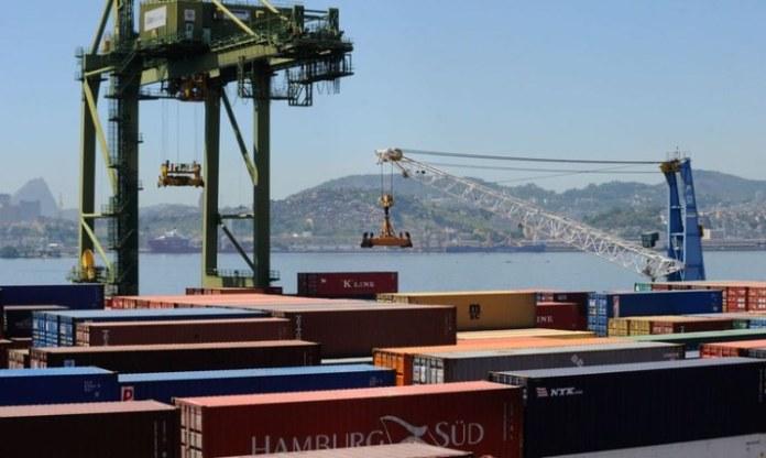 Setor portuário registra aumento na eficiência de serviços em 2020