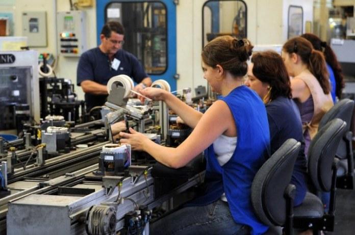 Atual gestão investe em políticas para as mulheres mais do que os cinco anos anteriores