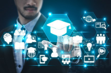 Capes regulamenta polos para mestrado e doutorado EaD
