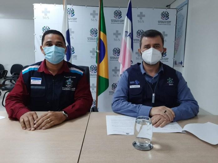 O gerente Estadual de Vigilância em Saúde do Espírito Santo, Orlei Cardoso, e o secretário de estado da Saúde, Nésio Fernandes — Foto: Divulgação/Sesa-ES