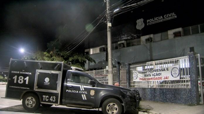 Corpos foram levados para o Departamento Médico Legal (DML) de Vitória