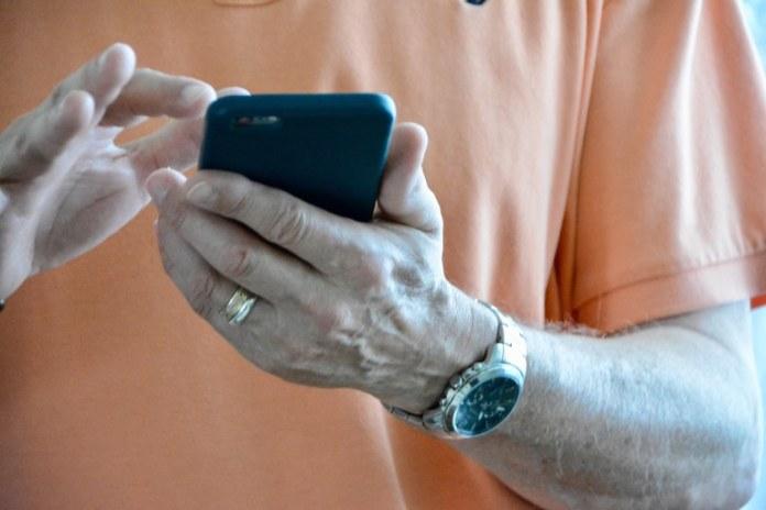 Brasil registrou mais de 234 milhões de acessos móveis em 2020