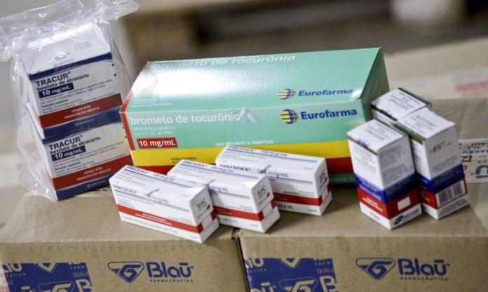 Medicamentos doados pelo governo da Espanha começam a chegar nos estados