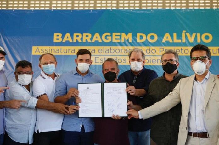 Assinado acordo para elaboração do projeto da Barragem do Alívio