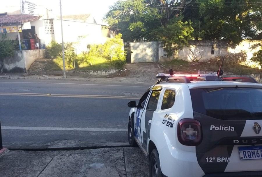 Morador de rua é morto com golpes de facão em Linhares — Foto: Caio Dias/TV Gazeta