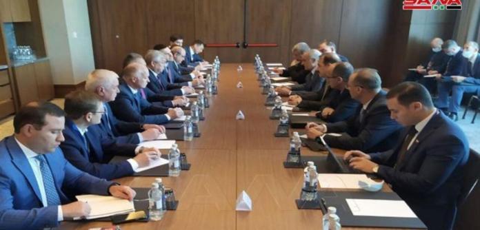 Delegações de Síria e Rússia analisam posições conjuntas
