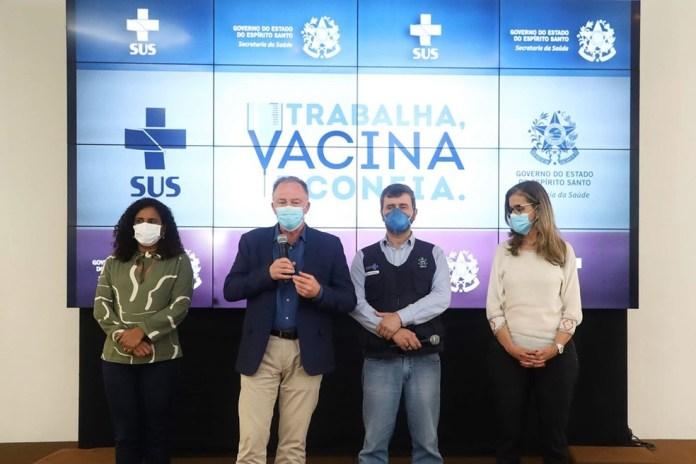 Anúncio da plataforma 'Vacina e Confia' foi feito nesta quinta-feira (8) — Foto: Hélio Filho/Governo do ES