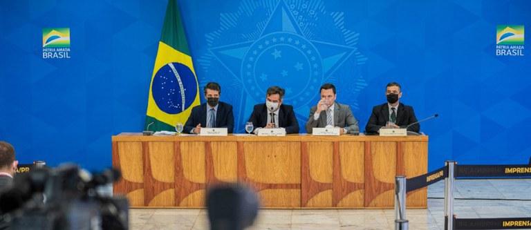 Atuação integrada do Governo Federal fortalece combate a incêndios e desmatamento ilegal