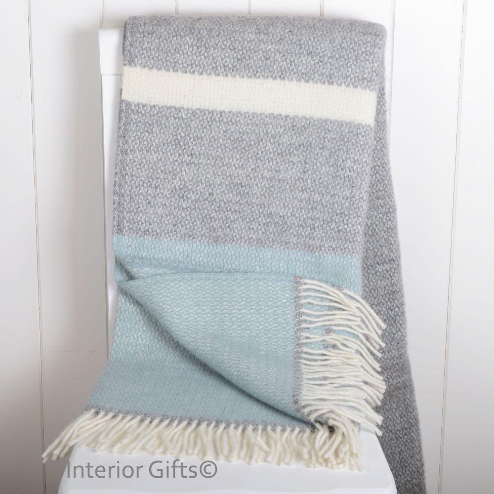 Picnic Basket 4 Blanket