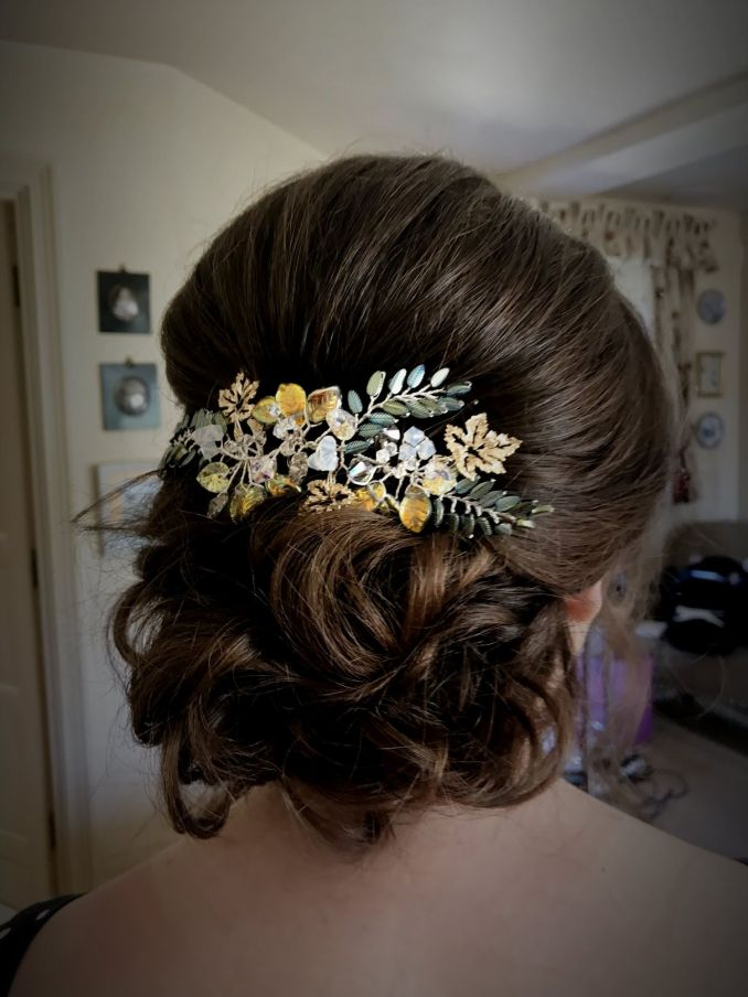 bespoke bridal & wedding hair accessories in gloucestershire-uk