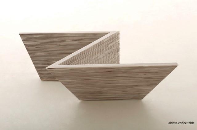 Aldava dining table