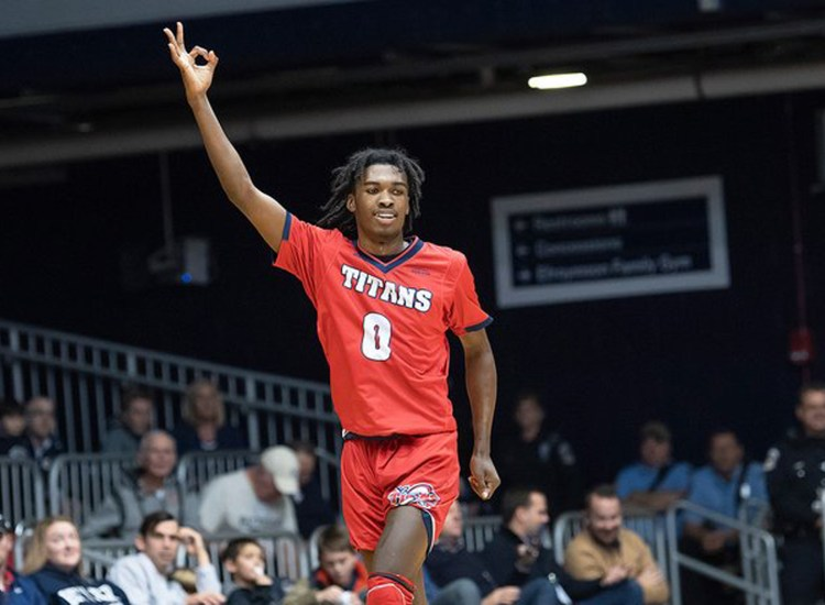Sports Illustrated hypes Titans men's hoops