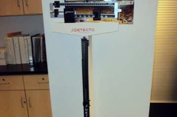 Detecto medical balance-beam scale / stadiometer