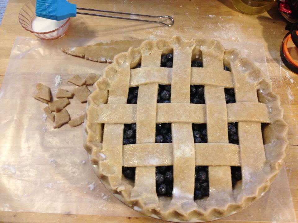 20130328-blueberry-lattice-pie