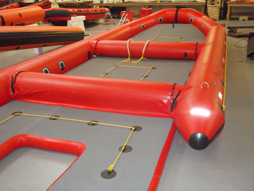 Mass evacuation raft 60 man