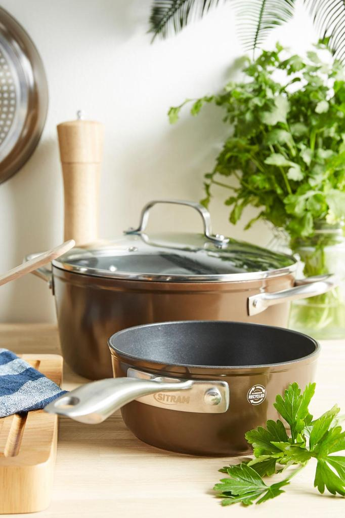 Recycled brown aluminum cookware