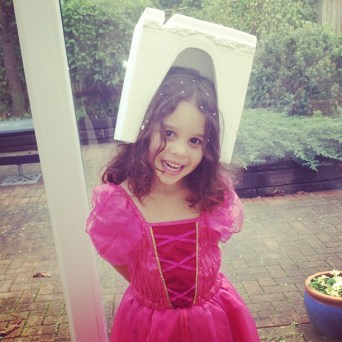 Olivia the Alien Princess