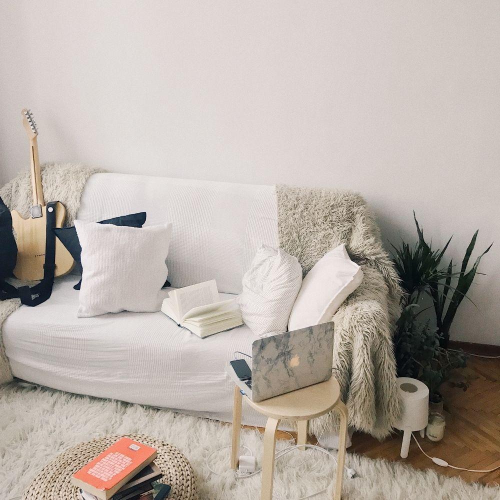 Casual Throw on a sofa