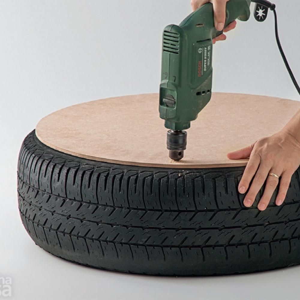 Make An Ottoman Out of a Tire