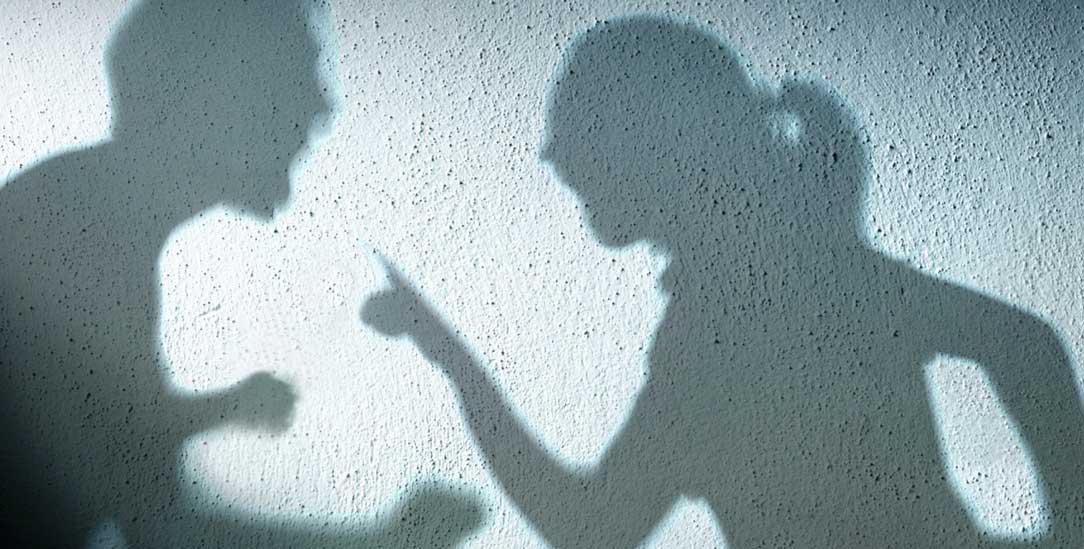 Covid-19 a domácí násilí: Když slova zraňují