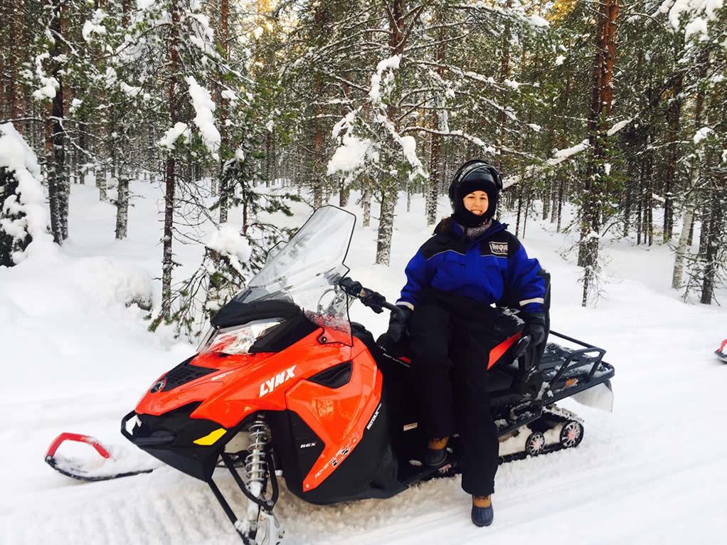 rovaniemi tour moto de nieve