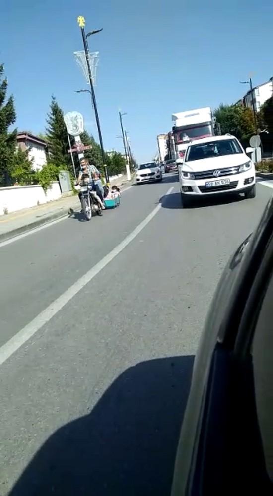Sivas'ta tehlikeli yolculuk kameralara yansıdı