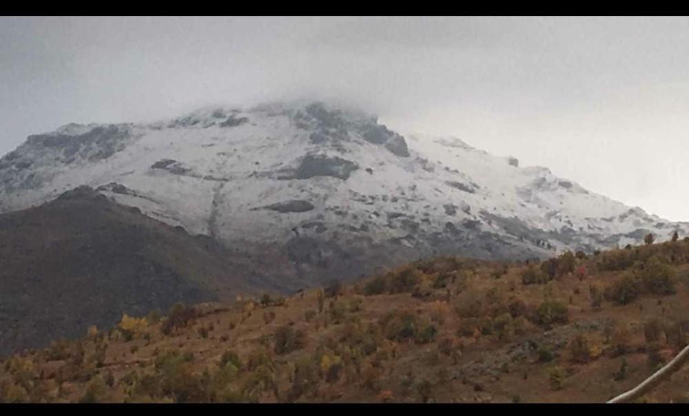 Sivas'a mevsimin ilk karı yağdı