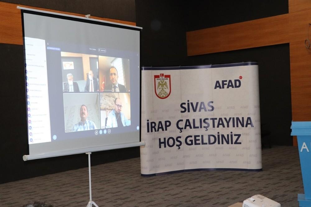 Sivas'ta İl Risk Azaltma Planı hazırlama çalıştayı düzenlendi
