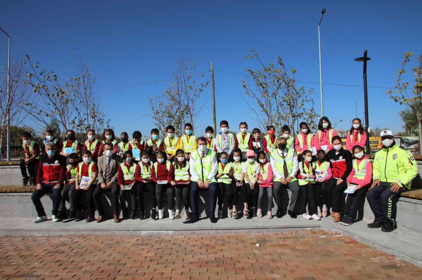 Sivas'ta 11 bin öğrenciye trafik eğitimi verilecek