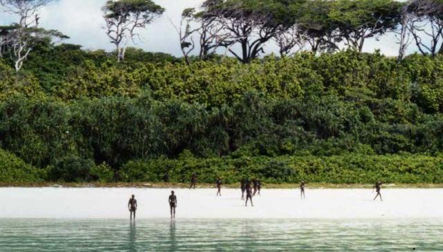 North Sentinel, l'isola inavvicinabile dove si vive ancora come all'età  della pietra | SiViaggia