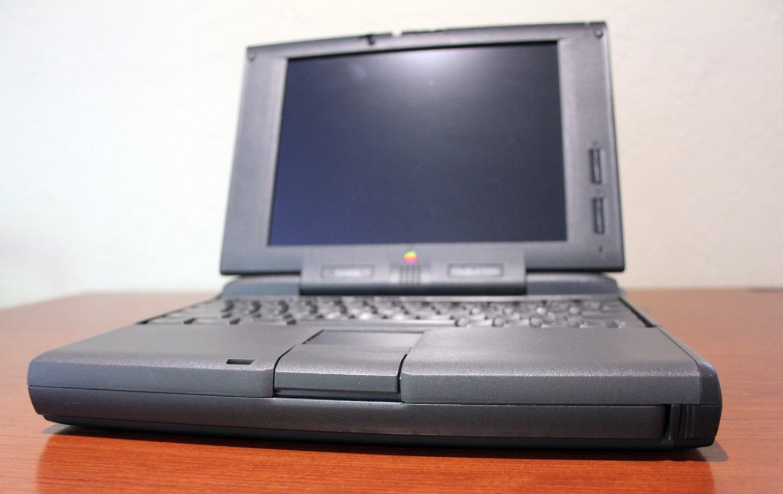 PowerBook con trackpad