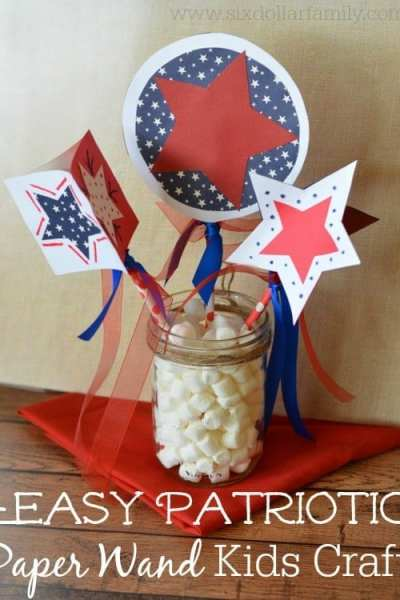 Celebrate Independence Day in style with these easy 4th of July kids crafts! These patriotic paper wands are super simple to make and super fun too!