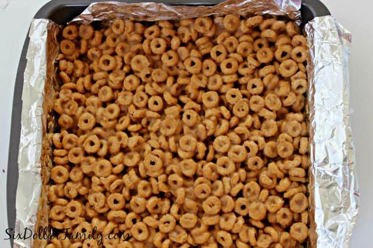 peanut-butter-cheerio-snack-bars-3