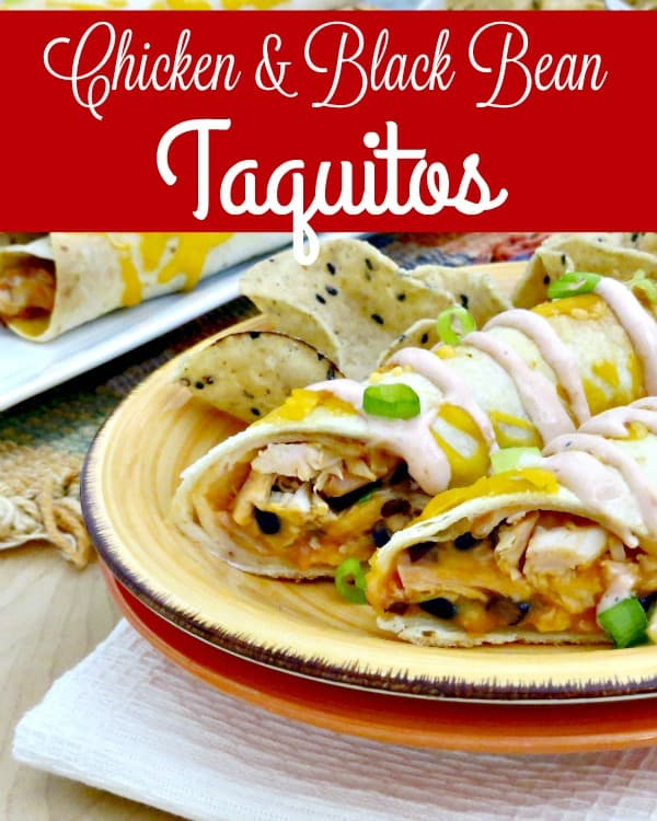 Freezer Recipes - Make dinner easy tonight with these delicious Chicken & Black Bean Taquitos! Served with a side of homemade sour cream sauce they're perfect for freezer cooking or just dinner tonight!