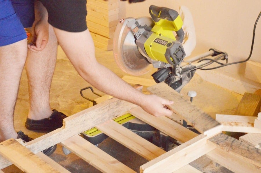 pallet-project-upcycled-pallet-table-2