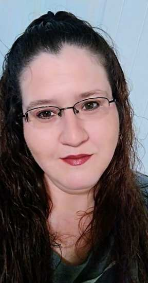Bio of Stacy Williams, blogger and author
