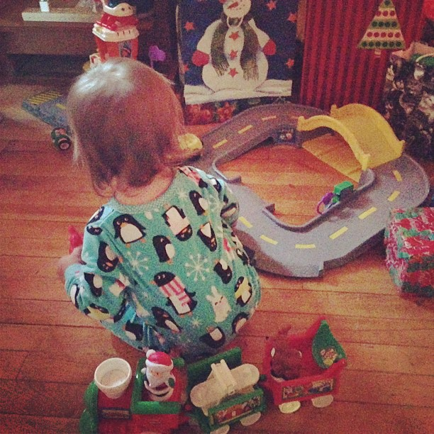 And Santa brought Gwen an airport!!!