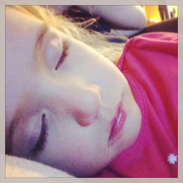 A tired sicky girl fell asleep on me
