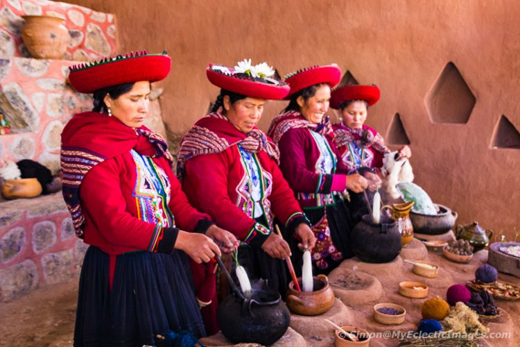 Dying Alpaca Yarn the Traditional Way in Chinchero ((©simon@myeclecticimages.com)