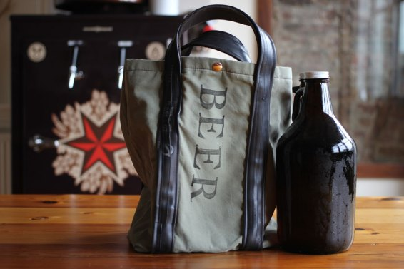 GrowlerTote_Sixpoint (1)
