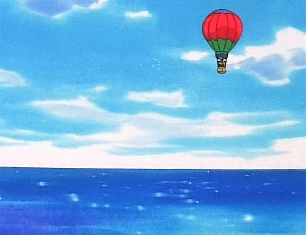hot air balloon ocean