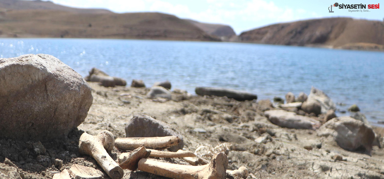 Barajın suları çekildi: mezarlar gün yüzüne çıktı