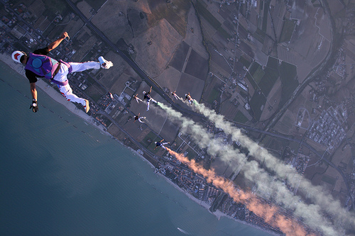 4 Skydiving pictures - 20 Awesome Skydiving Pictures
