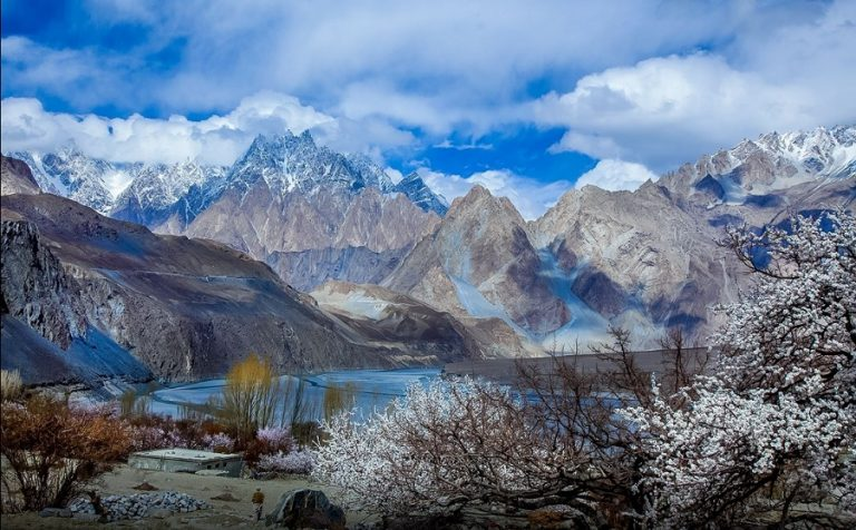 Hunza Valley - Best Places To Travel In The World