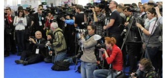 ВЦИОМ фиксирует низкий уровень доверия россиян журналистам
