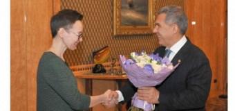 Президент РТ встретился с писательницей Гузель Яхиной