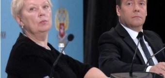 Новый министр образования призывает повышать уровень грамотности журналистов